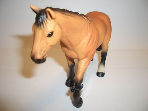 Maia and Borges 30002 Buckskin Horse 12.5 cm series horse world