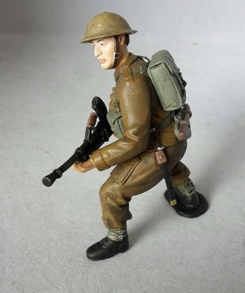 Russischer Soldat 9 cm Spielfigur von Tissotoys 12703